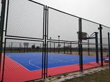 铺装中学操场的悬浮拼装地板