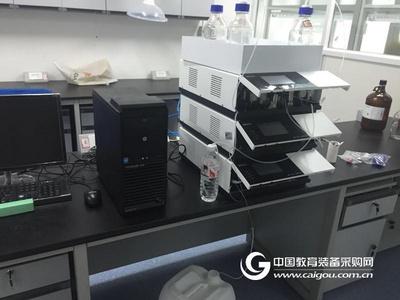 二元高压梯度液相色谱仪-自动进样系统