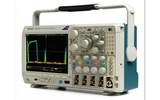 Tektronix泰克混合域示波器MDO3104小巧且功能齊全