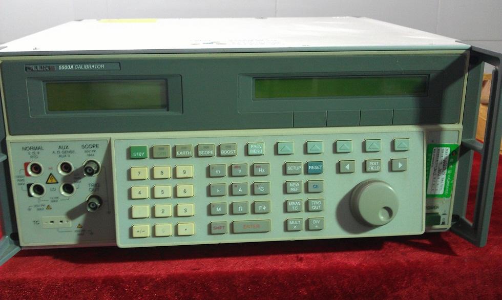 FLUKE 5500A 5520A 多功能校準器